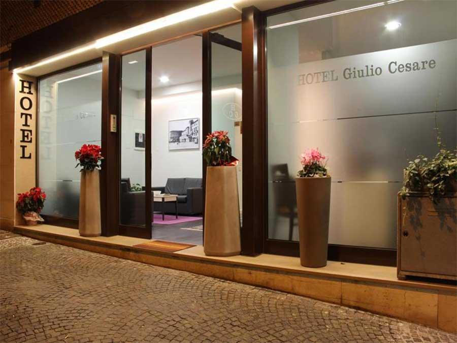 Hotel a Rimini Centro Giulio Cesare 3 Stelle