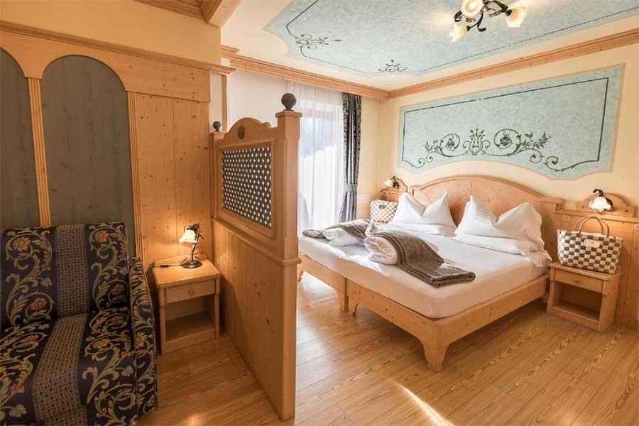 Una delle meravigliose camere - Adler Hotel Wellness