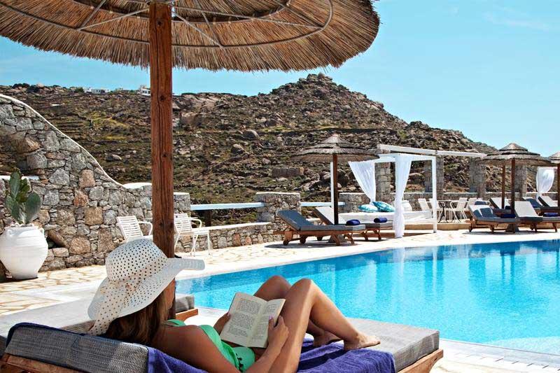 LA piscina del Paradise View Hotel
