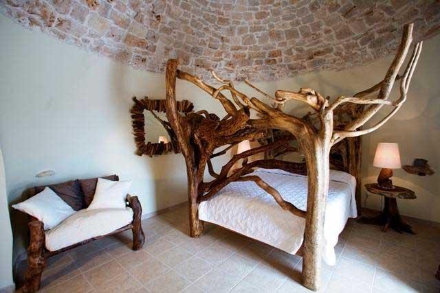 Il particolare letto di una delle camere