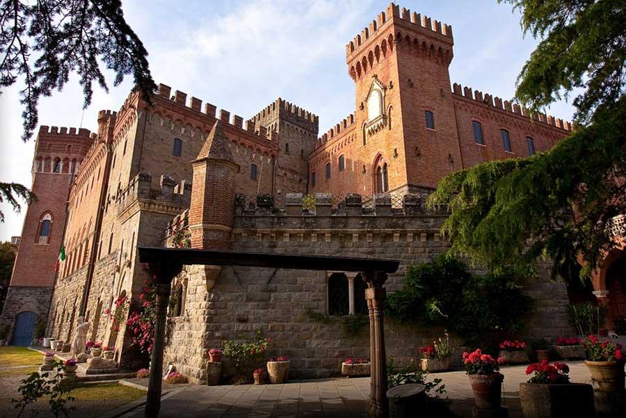 Letto A Castello Toscana.Dove Dormire In Un Castello In Toscana I 5 Piu Belli Da Prenotare