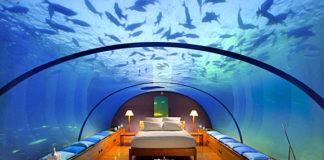 La camera sotto l'acqua
