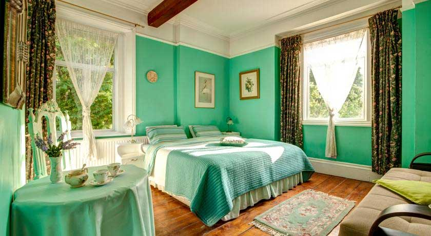 Dawson Place, Juliette's Bed and Breakfast