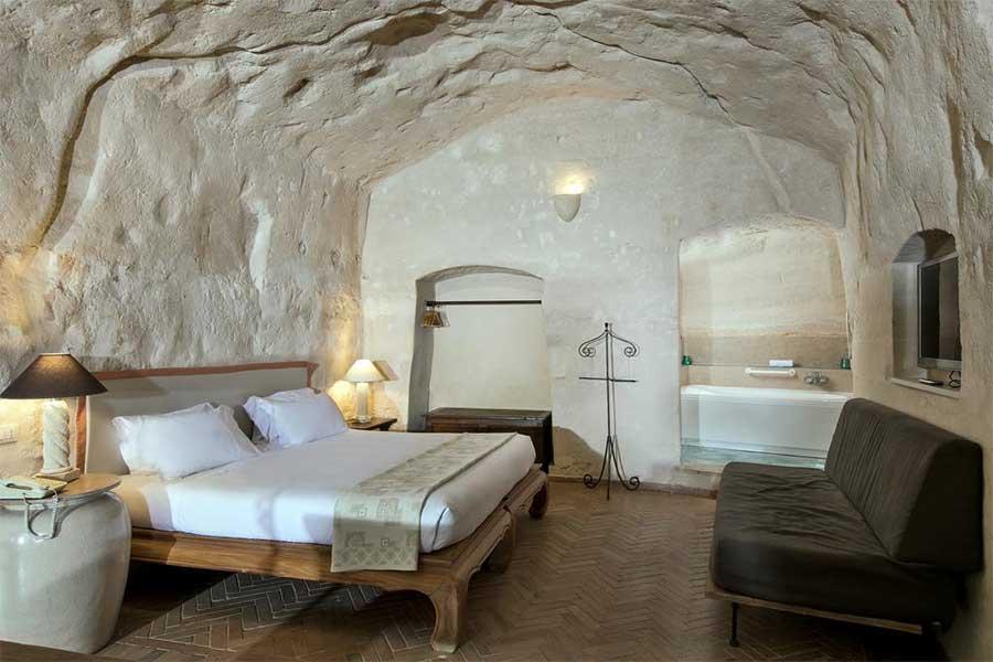 Una delle camere della Locanda di S. Martino
