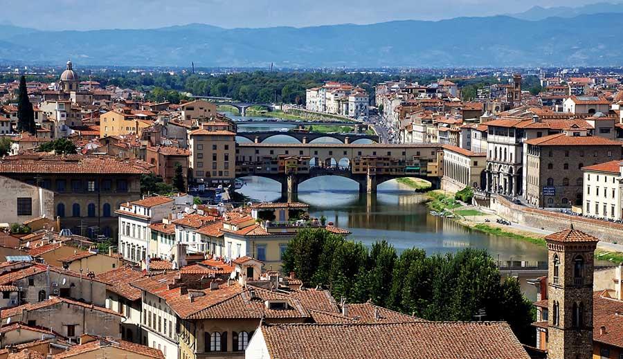 Arno e il Ponte Vecchio