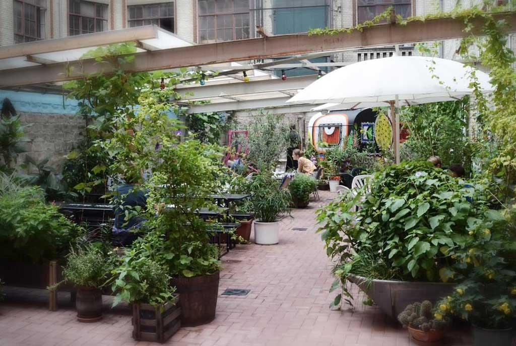 HuettenPalast - il giardino