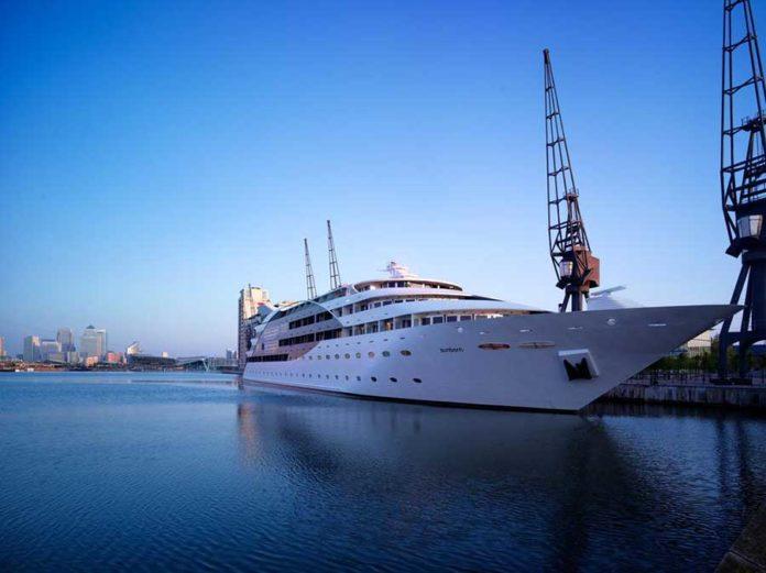 Il Sunborn London Yacht Hotel