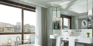 Portrait Firenze - Il bagno di una camera