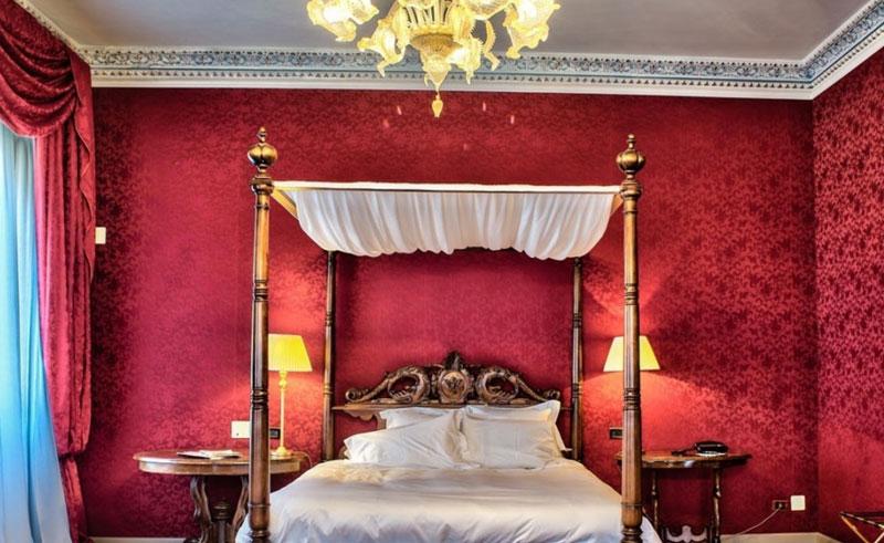 Stanza Royal e Gold Suites