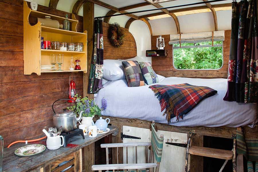 The Strawberry Roan Horsebox - interni