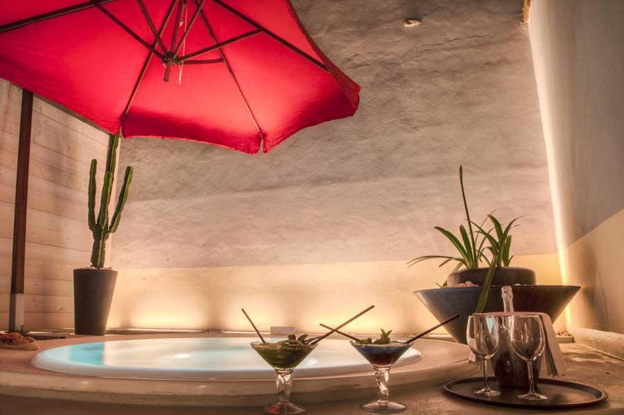 Alcune suite dispongono di vasca idromassaggio